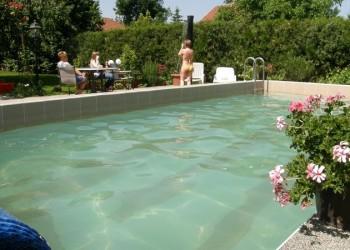 Marika Vendégház Szeged úszómedence