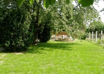 Marika Vendégház kert